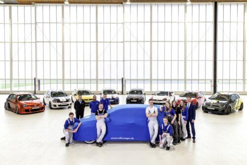 Les apprentis Volkswagen ont préparé une formidable surprise pour le 40ème Anniversaire de la Golf GTI